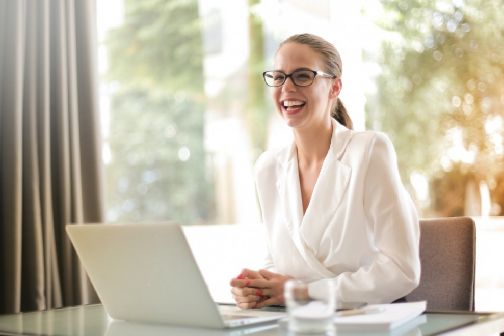 How to Hire an HR manager: A Step by Step Guide for CEO
