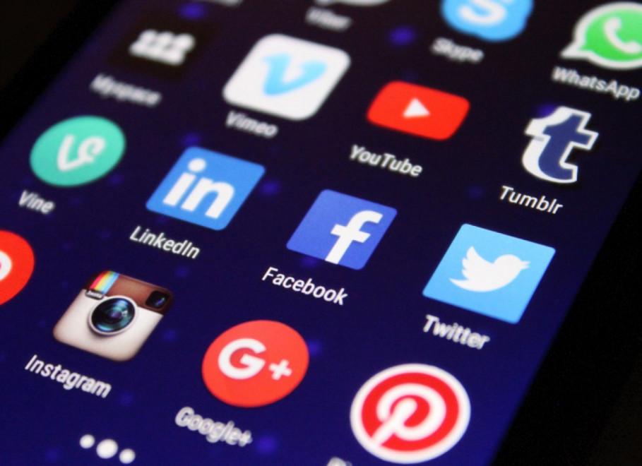 HR and social media: Tips